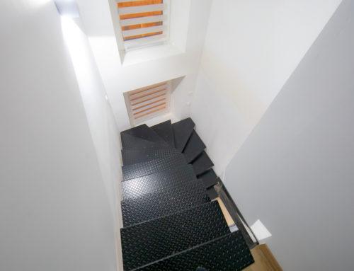 Escalier tout acier